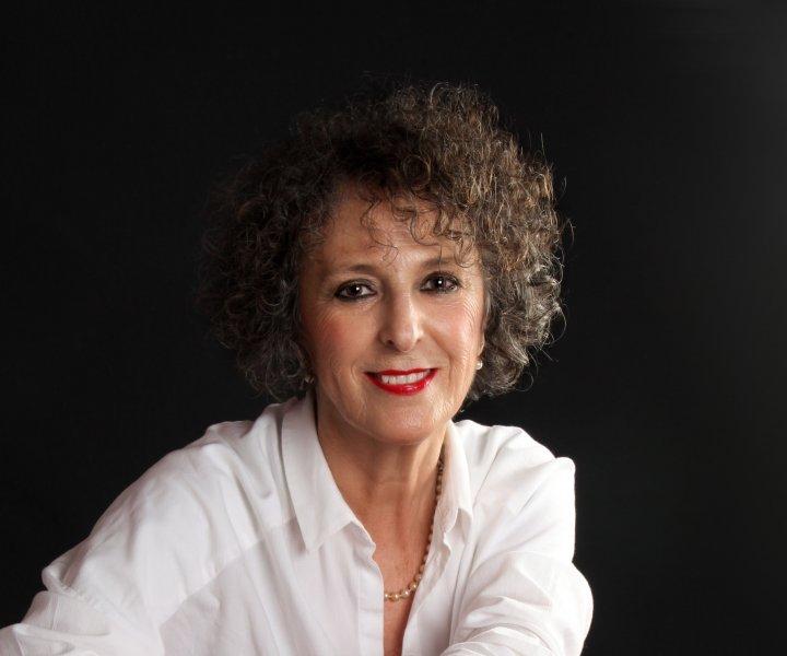 Lola López Mondéjar en el quinto libro